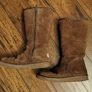 Ugg Chestnut Brown Suede Boots Size 6